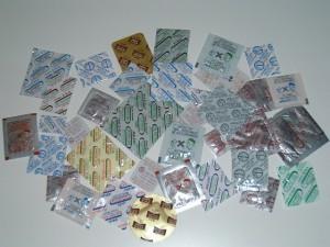包装アーカイブス_24章_図表001_多様な機能を持った脱酸素剤の製品